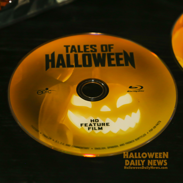 tales-of-halloween-collectors-edition-photo-by-halloween-daily-news_0020