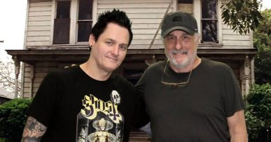 Sean Clark with Nick Castle at Mad Monster Party 2018.