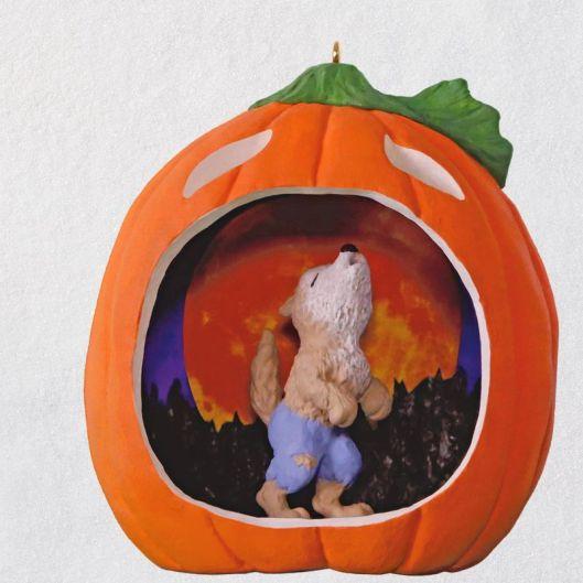 hallmark-2018-werewolf-halloween-ornament