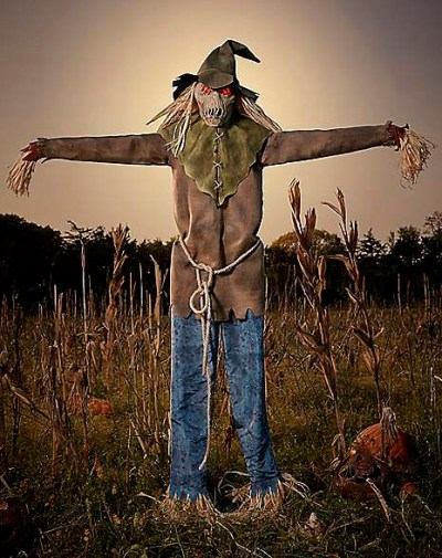 looming-strawman-6ft-animatronic-from-spirit-halloween