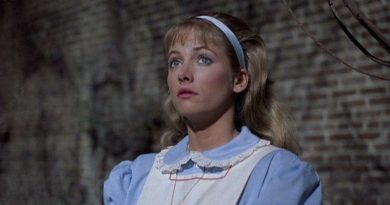Cathy Podewell is Judy in 'Night of the Demons'
