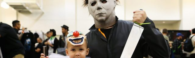 cosplay-michael-myers-young-and-old-at-h40-forty-years-of-terror-photo-by-halloween-daily-news_0001