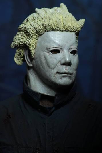 Halloween II Ultimate Michael Myers Figure by Neca-02