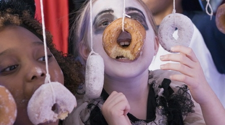 Halloween Party Games - doughnut bobbing