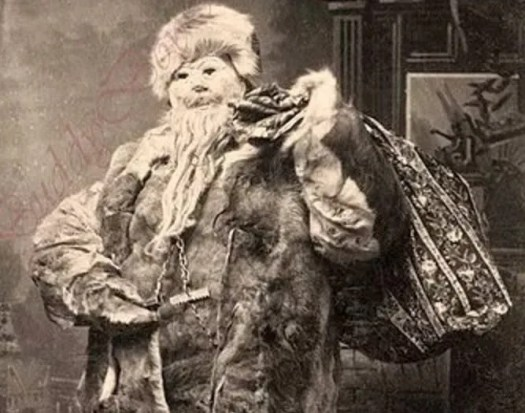 ? the 13 most Disturbing Santa Claus Photos on the Net ? 56