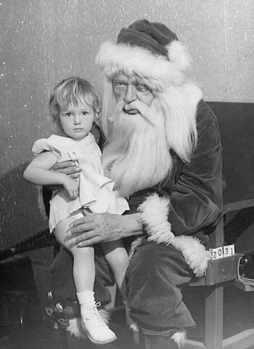 ? the 13 most Disturbing Santa Claus Photos on the Net ? 65