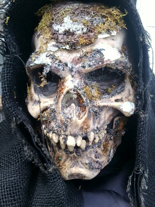 frightmasters skull prop head