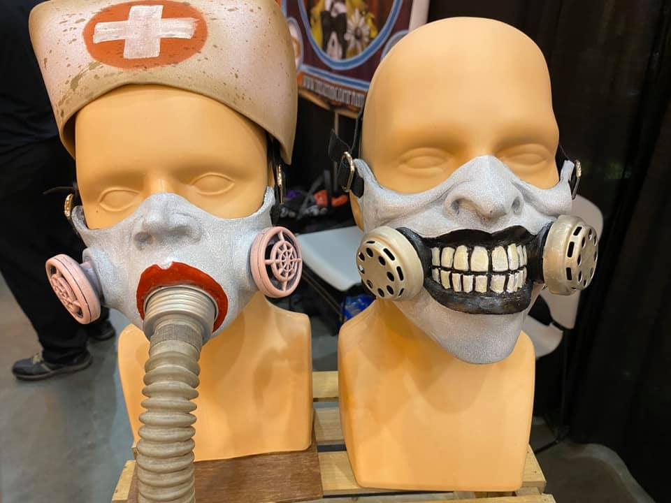 The Gemini Company Quarter Mask