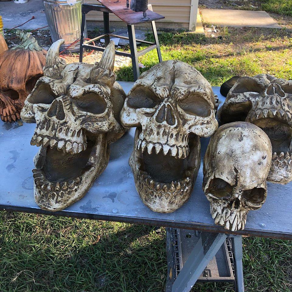 Missing Finger Productions Large Skull Props