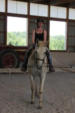 Intern Melissa's lunge lesson on Eap.