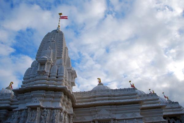 baps temple view up