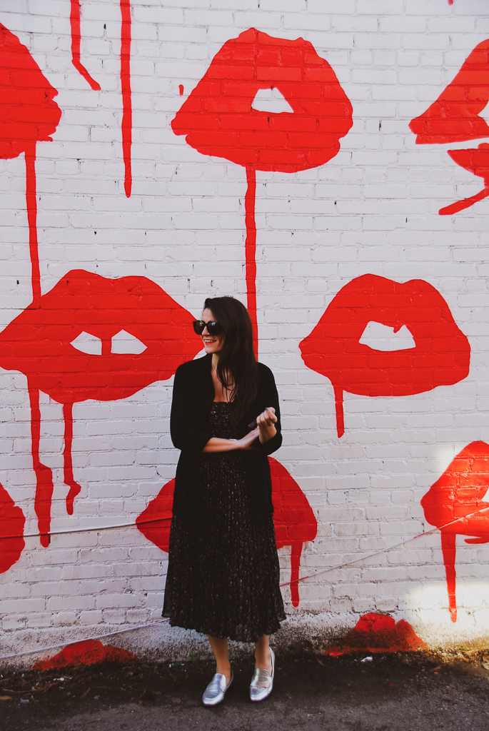 red lips mural nashville tennessee