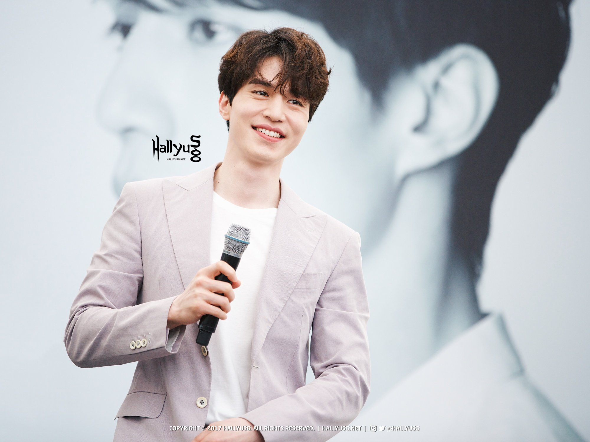 COVER Grim Reaper Lee Dong Wook Wants A Bad Guy Role