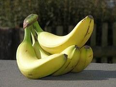 bananas-745442__180