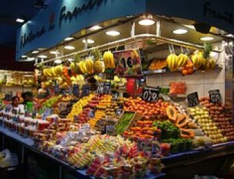 fruit-stand-266598__180