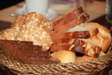 bread-257148_960_720