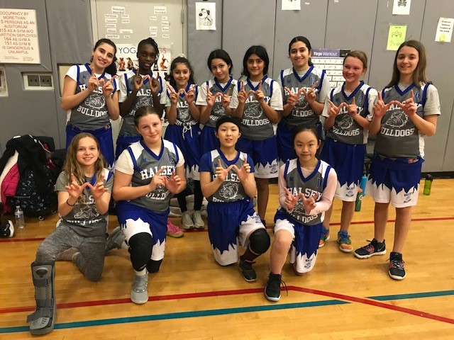 The Lady Bulldogs basketball team