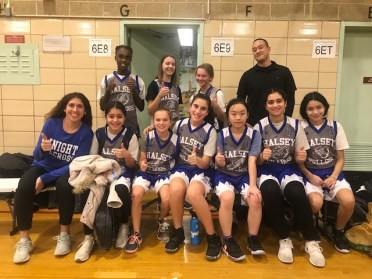 Lady Bulldogs Basketball team with Coaches Suh and Palmeri