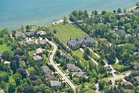Mansion in Oakville