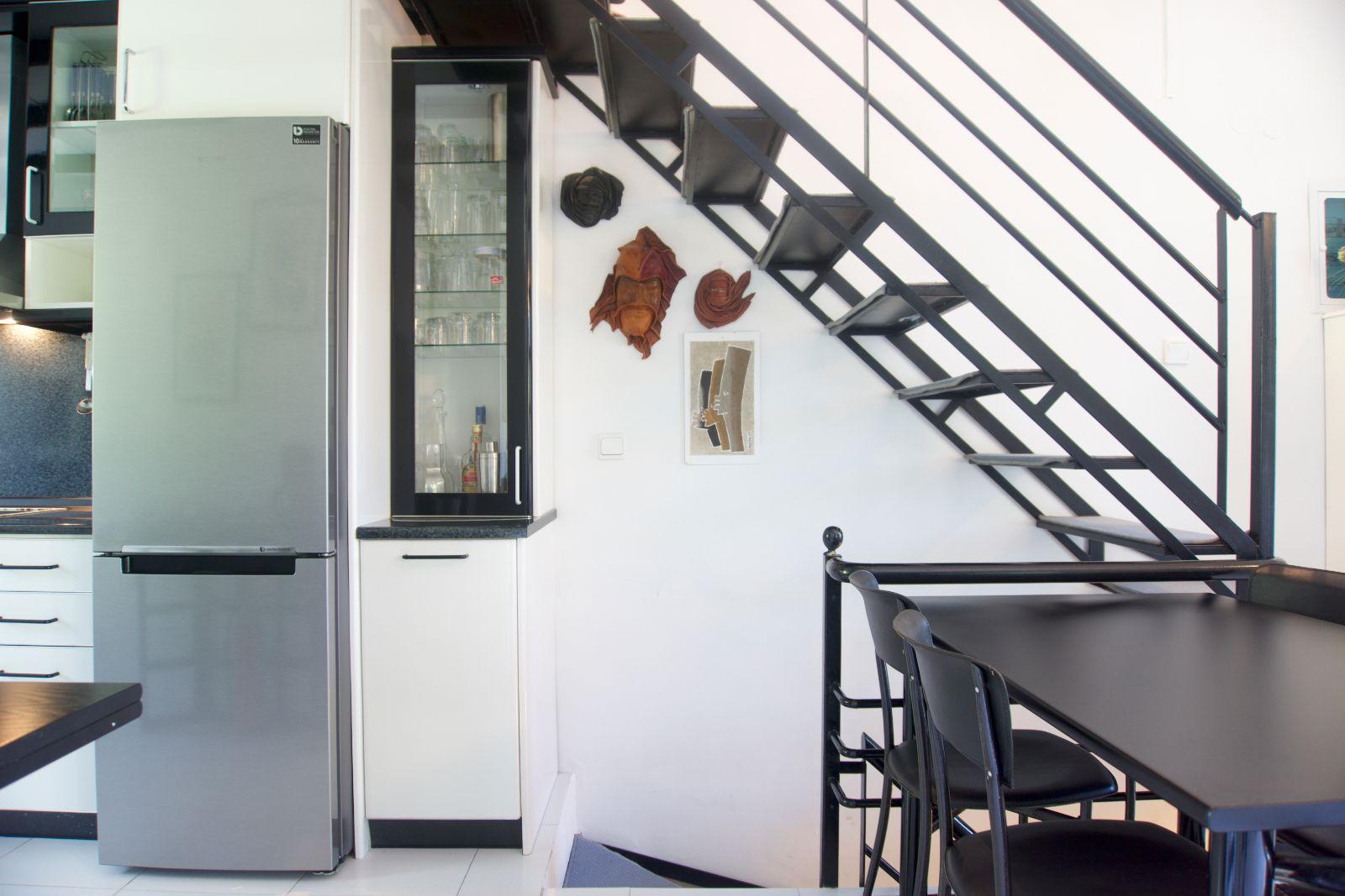 Diamond Dining Area & Kitchen
