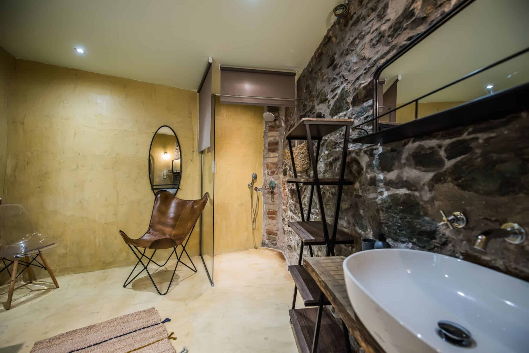#Yoghurt Living area with built in Shower