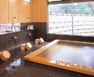 浴室 写真提供:森の家