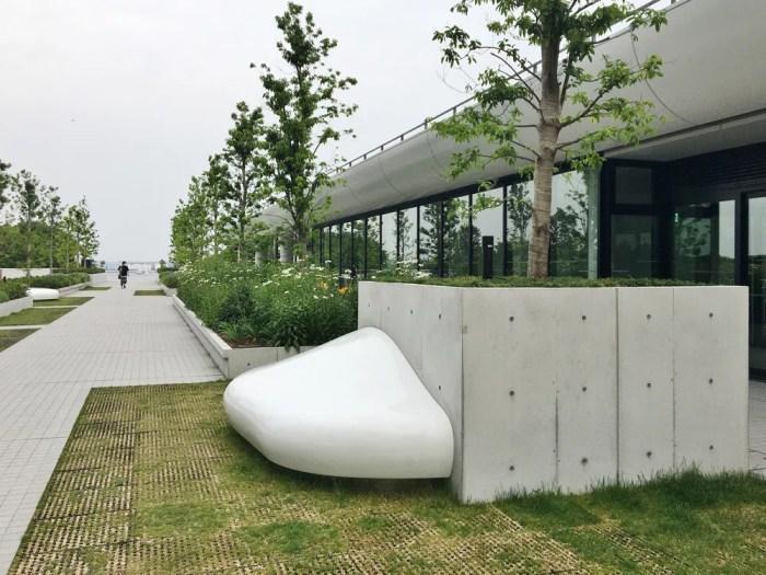 パシフィコ横浜ノース周辺歩行者用通路