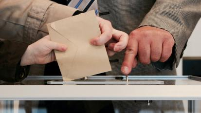 iVoterGuide in Christian News Journal: Those Who Vote Today 'Will Define the Future of America'