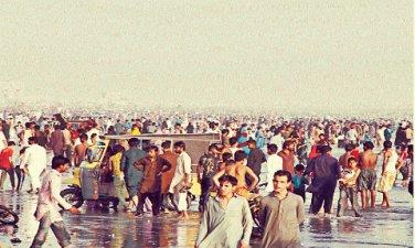 Karachi-sea-side2