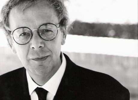 Antonio Jiménez Millán, el poeta de la recuperación de la memoria