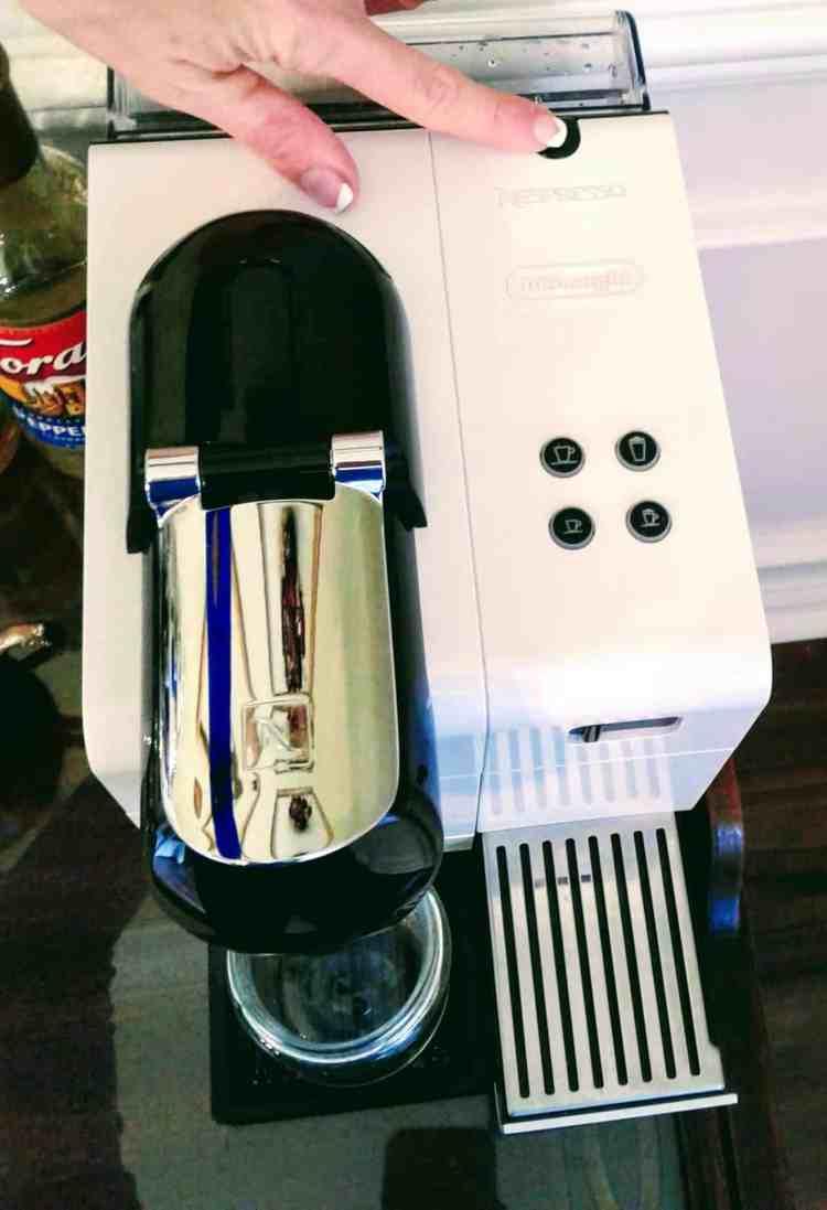 Review of Nespresso's Lattissima Plus Automated Espresso Machine by De'Longhi