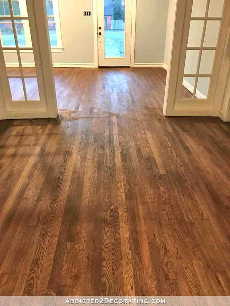 Choosing the best farmhouse style floor stain