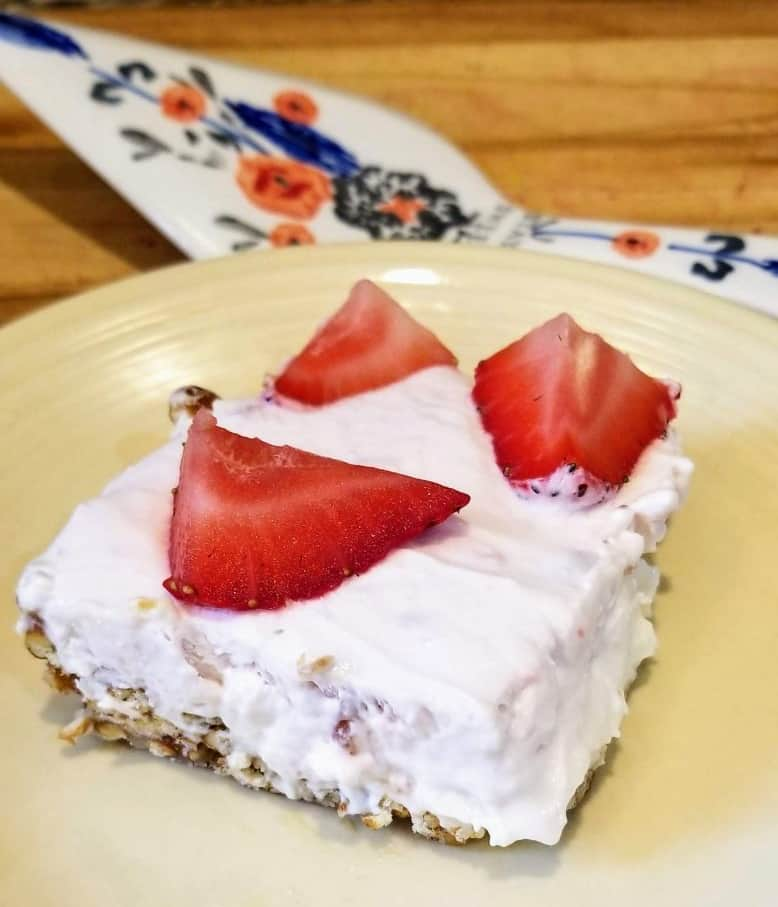 Pretzel Yogurt Delight Recipe