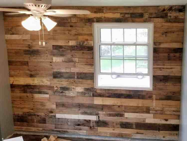 Easy Diy Pallet Accent Wall Hammers N Hugs