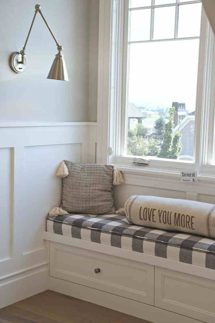The Best Farmhouse Style Cool White Paint Colors Colors Colors