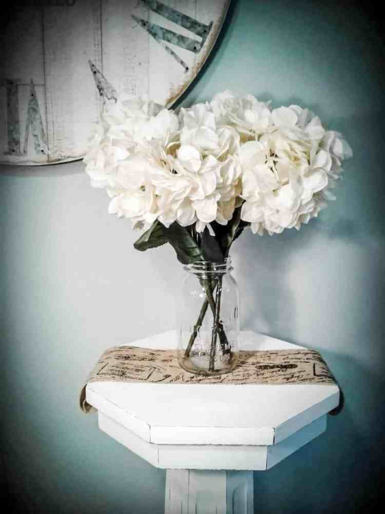 How to Shabby Chic Furniture in 3 Easy Steps