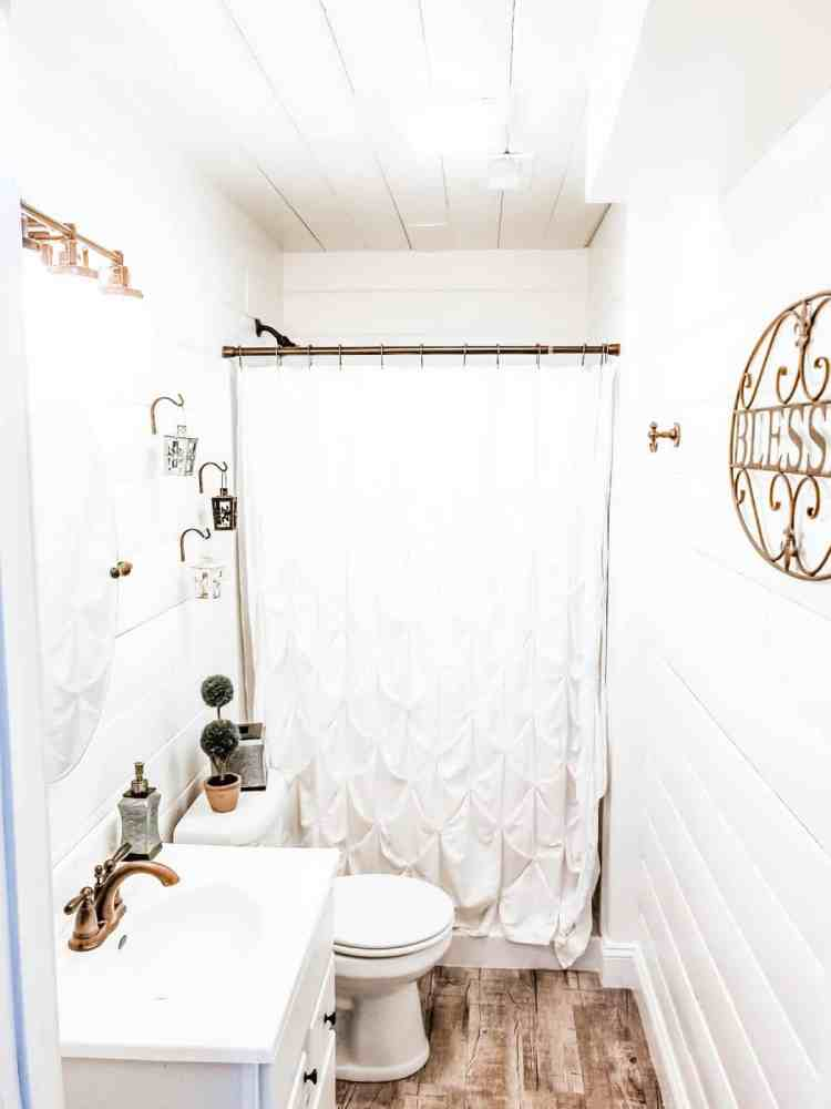 Before and After Farmhouse Style Bathroom Renovation