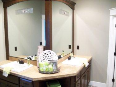 Mint L Master Bath Vanity