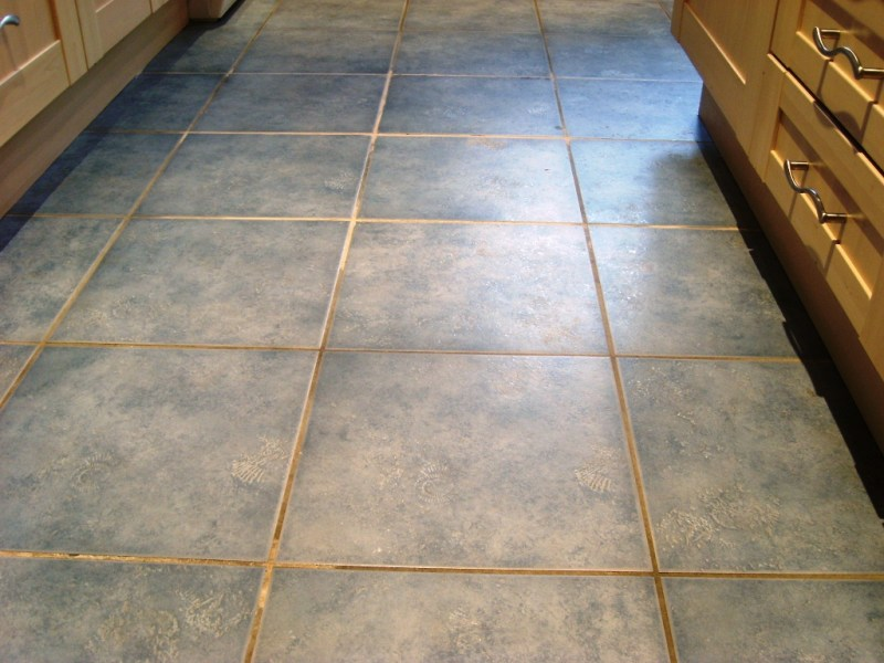 tile restoration   Tile Doctor Hampshire Romsey Ceramic Tile and Grout Before Cleaning