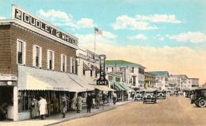 Dudley& White store at Hampton Beach, c. 1915
