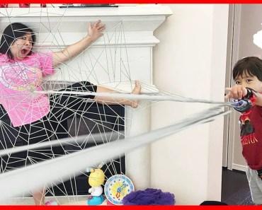 Kid Spiderman Homecoming Movie Toys Surprise for Kids Prank! Family Fun Kid Pretend Play - kid spiderman homecoming movie toys surprise for kids prank family fun kid pretend play