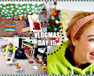 CLEANING MY HAMSTER CAGES & CHRISTMAS CAGE TOURS! | Vlogmas - cleaning my hamster cages christmas cage tours vlogmas