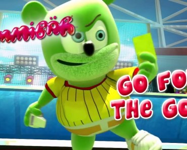 Gummibär - Go For The Goal - World Cup Soccer Song English Funny Gummy Bear USA United States - gummibar go for the goal world cup soccer song english funny gummy bear usa united states