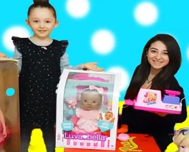 ÖYKÜ MARKETE GİTTİ BÜTÜN BEBEKLERİ ALDI Barbie doll Wheels on the bus music Funny kids videos - oyku markete gitti butun bebekleri aldi barbie doll wheels on the bus music funny kids videos