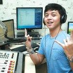 Mau Jadi Penyiar Radio Profesional? Ikuti Tips Berikut Ini!