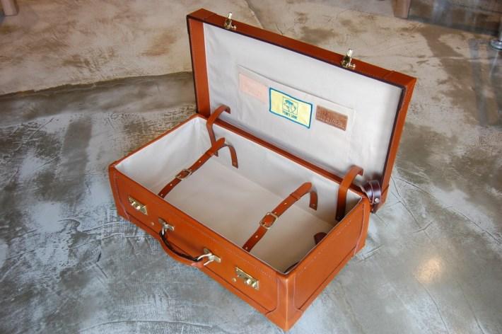 本革製トランクケース