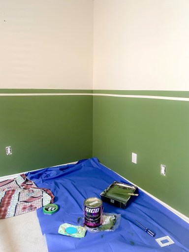Green half accent wall