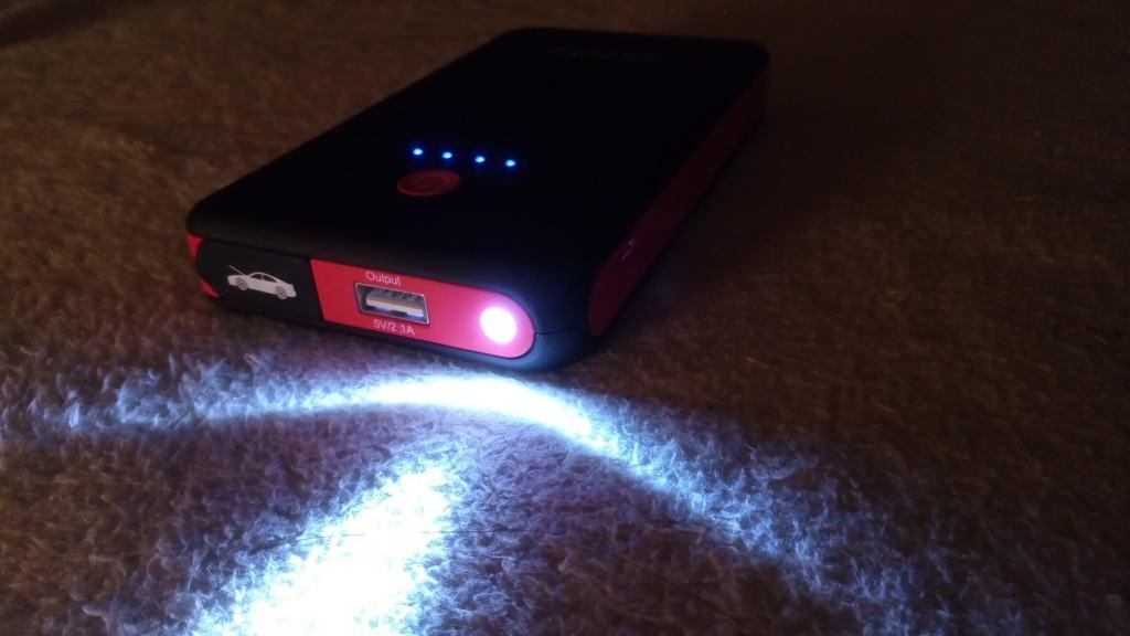 Arteck LED ライト搭載