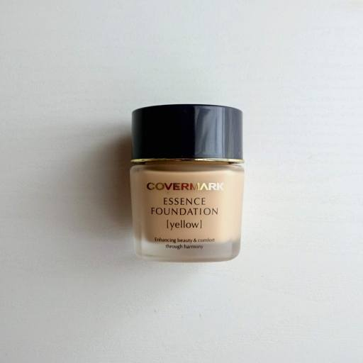 COVER MARK ESSENCE FOUNDATION YN20