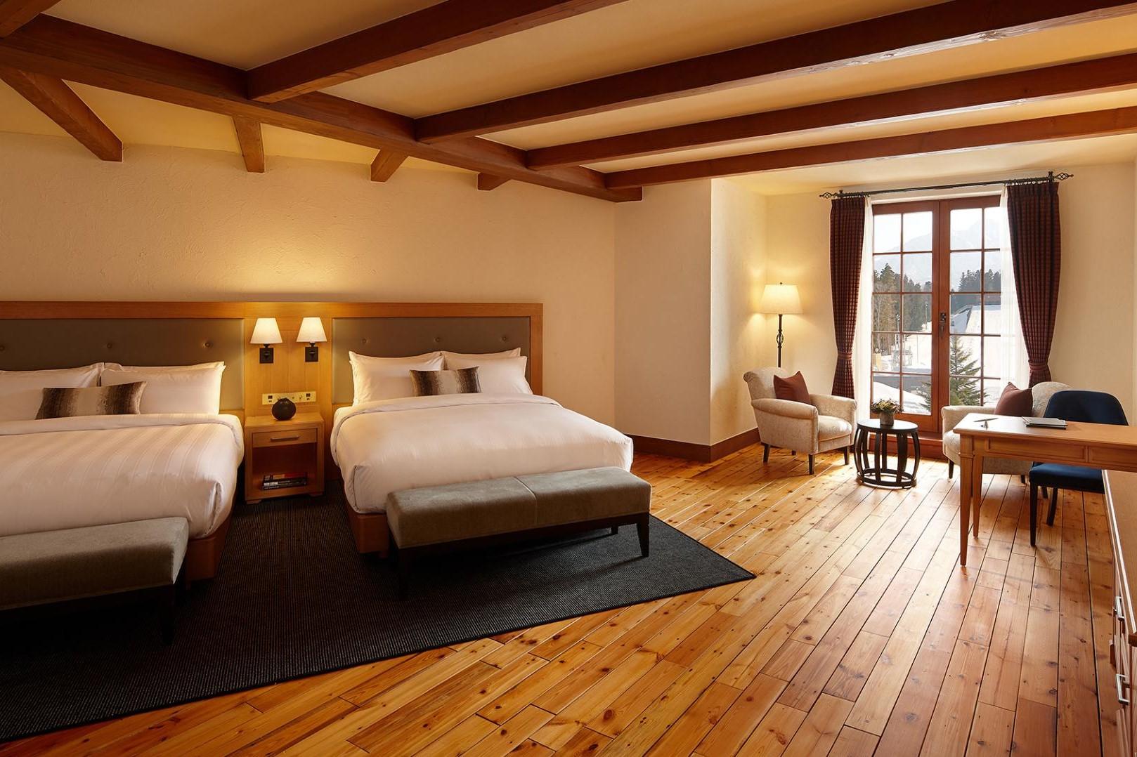 Room (3.2)